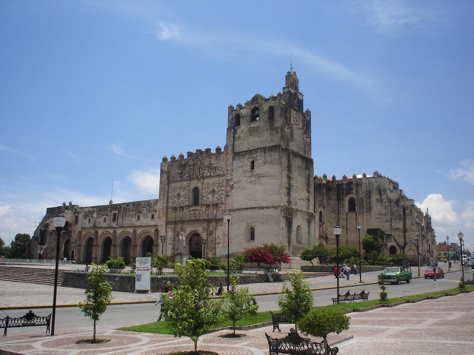 el-ex-convento-de-san-agustin-en-yuriria-guanajuato