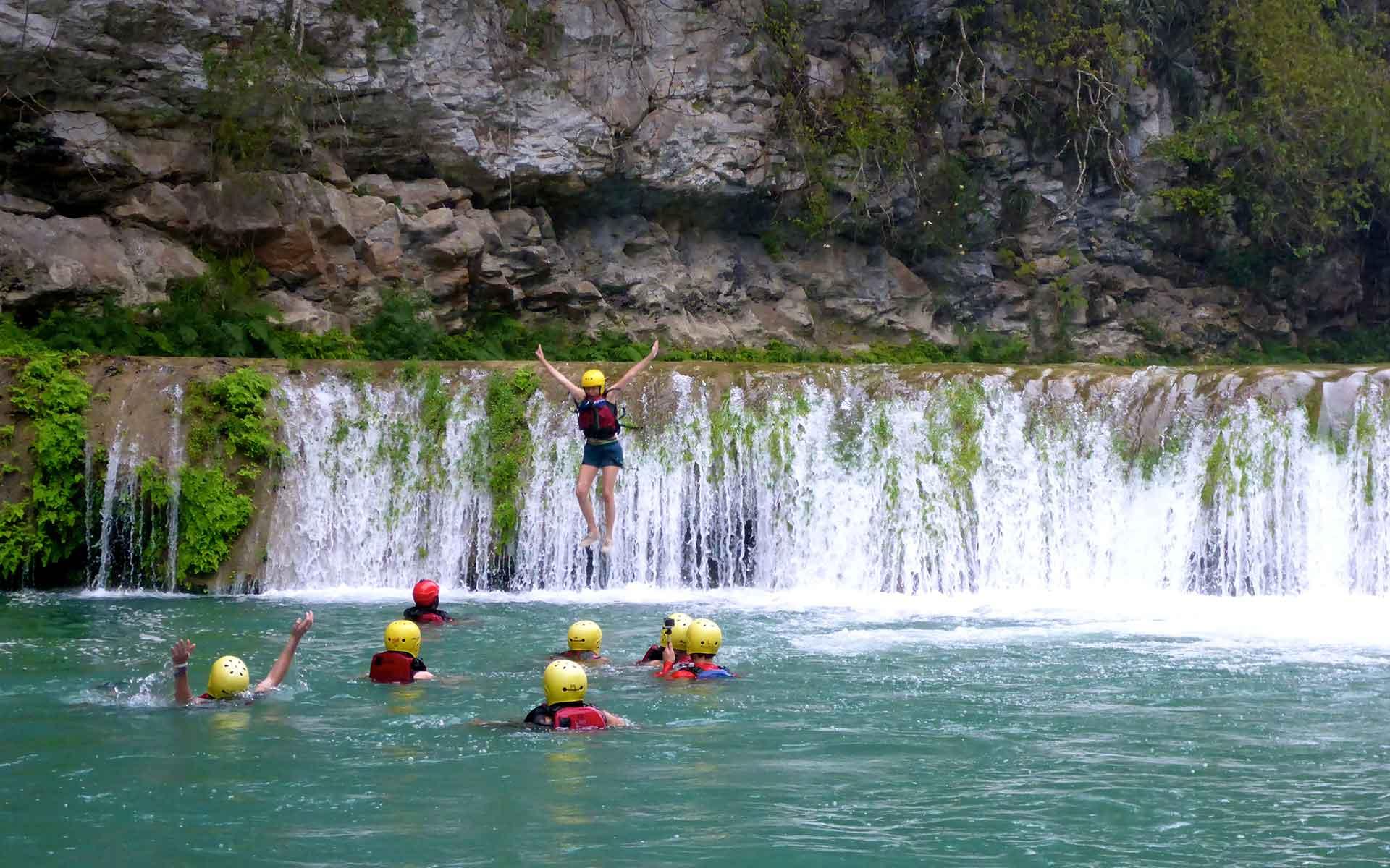 salto-cascadas-micos-7