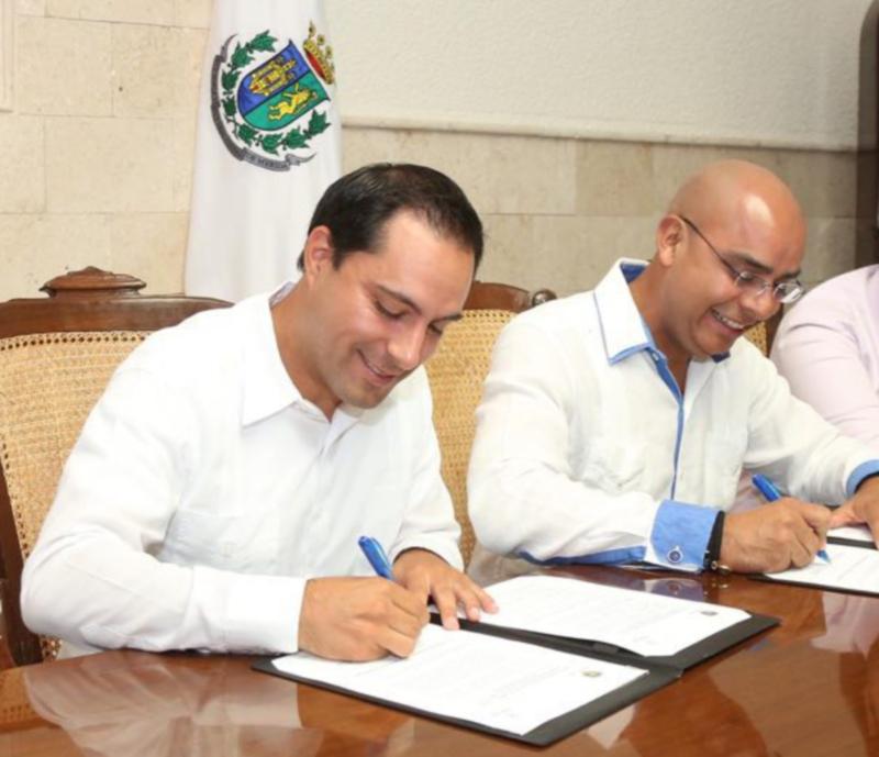 The mayors Mauricio Vila Dosal y Marco Aguilar Vega, from Mérida y Querétaro,