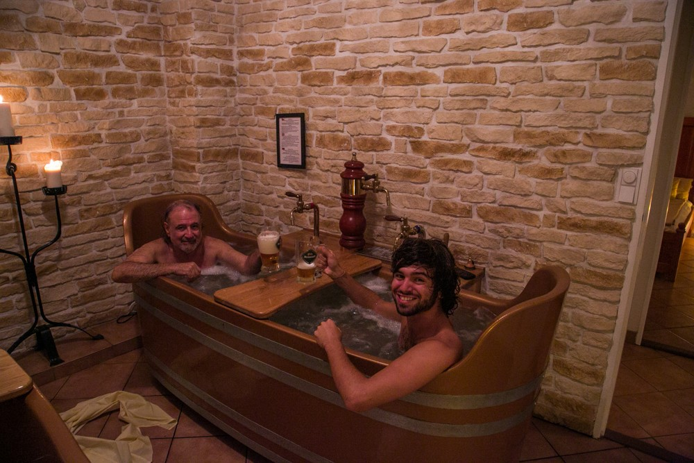 Don t just drink beer bathe in it in mineral de pozos for Best spa in prague