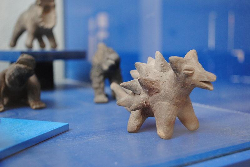 Acambaro figurines(Photo: commons.wikimedia.org/wiki/File:Muzeo_Julsrud_19.JPG)