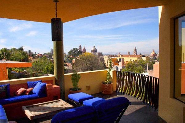 "Casa Joya ""Jewel House"" / San Miguel"