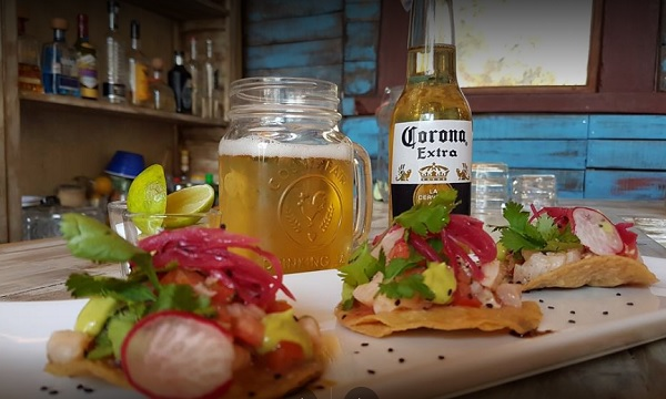 Shrimp tostadas at La Canica (Photo: Google Plus)