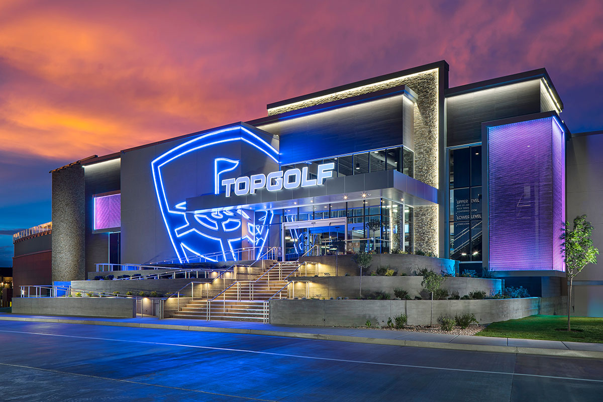 exterior-night-topgolf-salt-lake-city-01