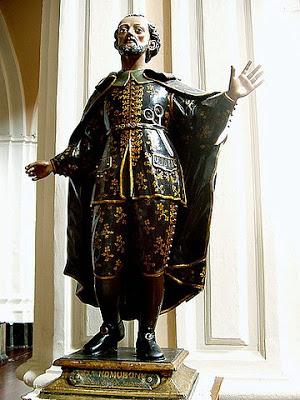 thumbnail_homobono statue