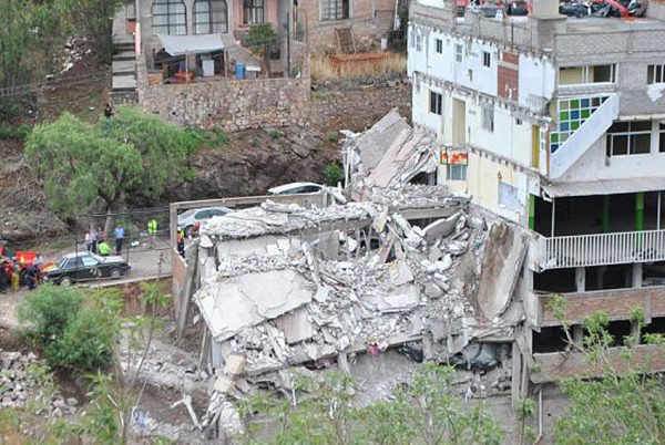 Building contained 13 apartments housing University of Guanajuato students (Photo: Periiodico Correo)