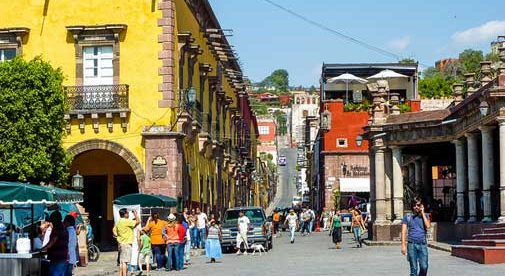 Discover the Pleasures of Strolling Colonial San Miguel de Allende (Photo: International Living)