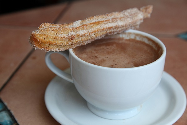 Churro con chocolate (Google)