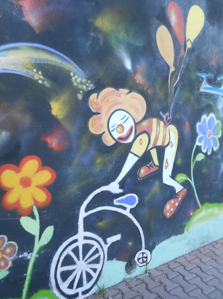 clown mural