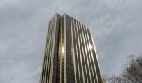 PHOTO: A mentally ill man fell 44 stories from the Trump International Hotel & Tower in Manhattan, New York. (photo via Flickr/Lara)