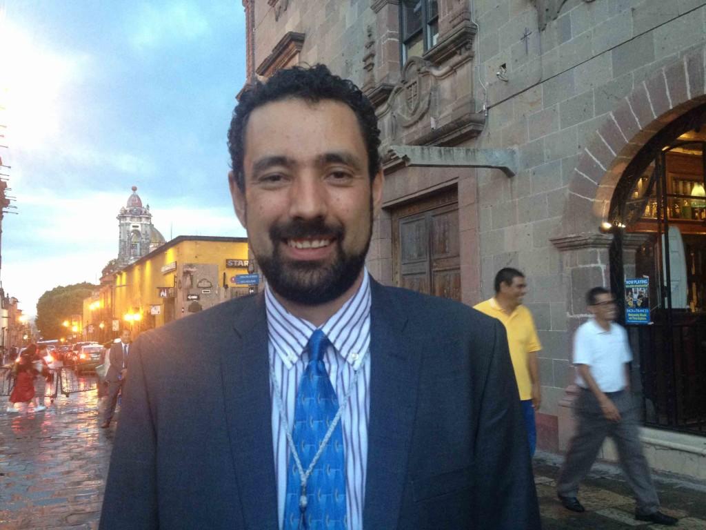 Guillermo-González