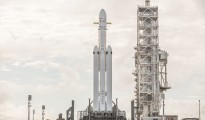 SpaceX's Falcon Heavy launch was succesful. (Photo: The Verge)