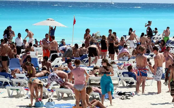 In 2017, the total contribution of the travel and tourism industry in Mexico's GDP was 185.4 billion dollars, an increase of 2.8% . (Photo: contactohoy.com)