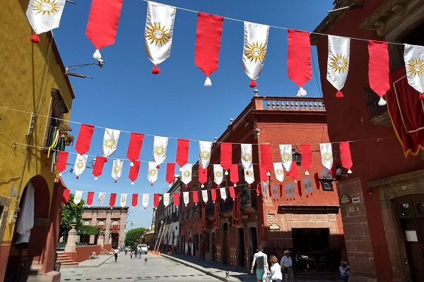 flags in daytime