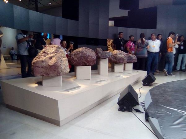 Chicxulub meteorite fragments (SMT)