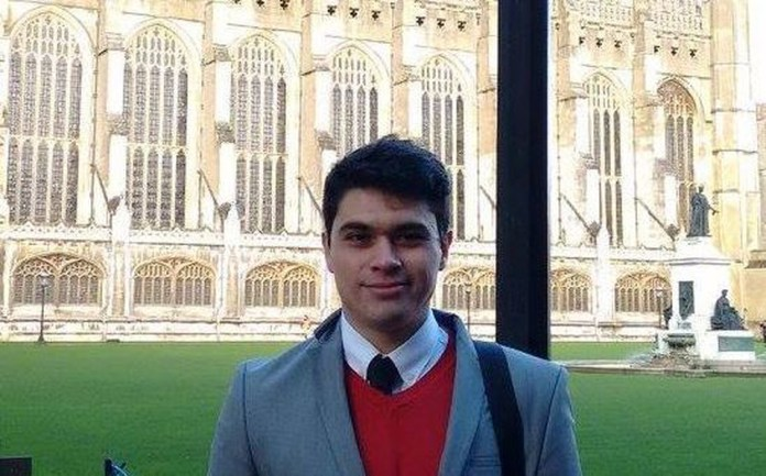 Mexican wins award for best thesis of the year in Cambridge