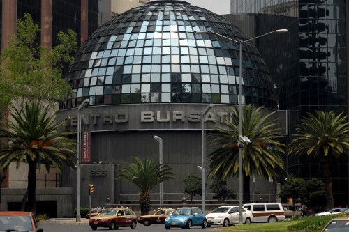 Mexico City's Stock Exchange. (PHOTO: noticias.starmedia.com)